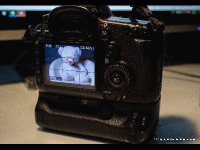 佳能Canon EOS M3,快门1/60秒,光圈F4.5,ISO2000,闪光灯:不闪 (强制),焦距26,模式:光圈优先,EV补偿0.3,加权测光