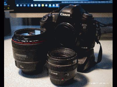 佳能Canon EOS M3,快门1/60秒,光圈F4.5,ISO2500,闪光灯:不闪 (强制),焦距26,模式:光圈优先,EV补偿-0.6,加权测光