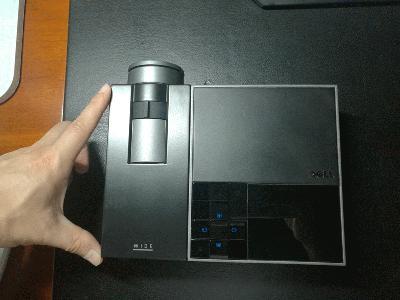 HUAWEI�HUAWEI NXT-AL10,快门1/30秒,光圈F2,ISO125,闪光灯:不闪,焦距4,模式:程序自动,EV补偿0,加权测光